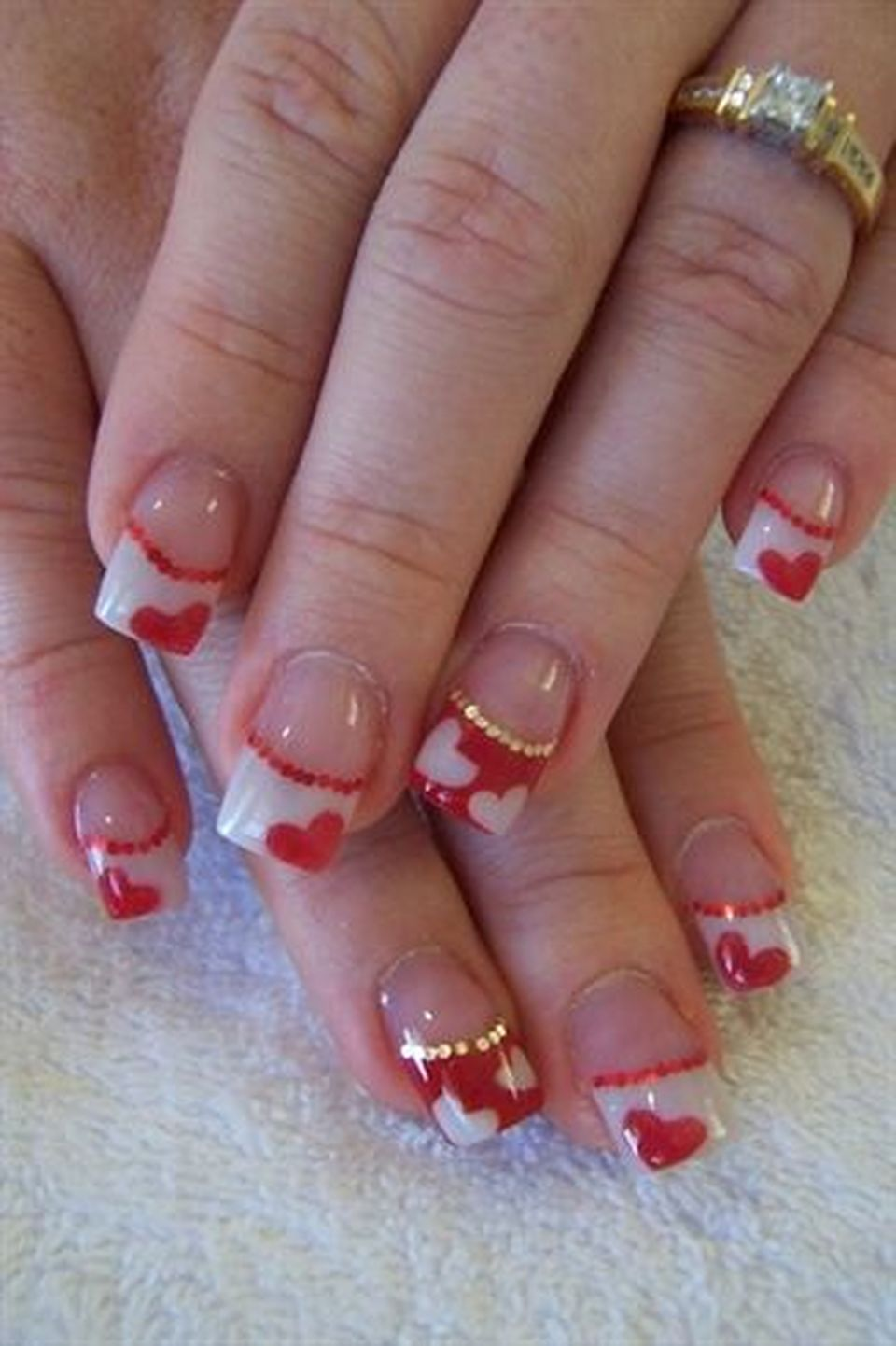 Lovely Valentine Nails Design Ideas 62