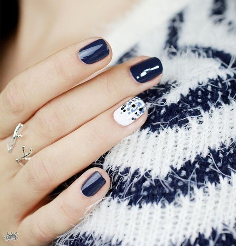 Sweet Blue Nails Ideas that Make Cool and Calm Appearance 14