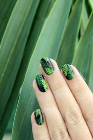 Best Colorful and Stylish Summer Nails Ideas 24