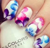 Best Colorful and Stylish Summer Nails Ideas 3