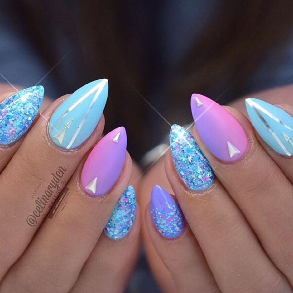 Best Colorful and Stylish Summer Nails Ideas 33