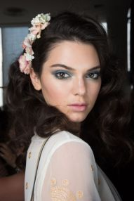 How to Look Fabulous with Spring Make Up Tips 18