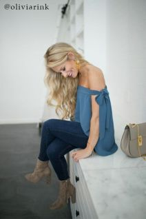 Inspiring Spring Outfits Ideas for Young Mom 13