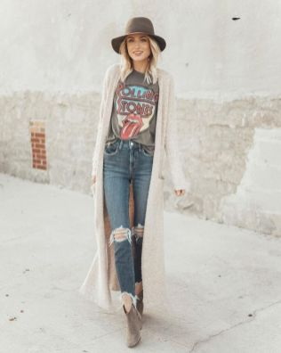 Inspiring Spring Outfits Ideas for Young Mom 27