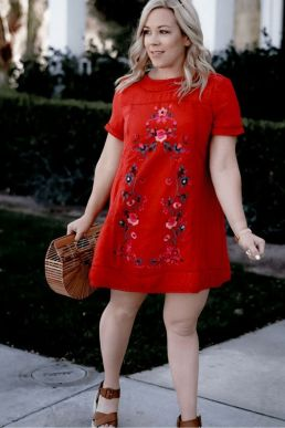 Inspiring Spring Outfits Ideas for Young Mom 7