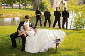 100+ Groomsmen Photos Poses Ideas You Can't Miss 10
