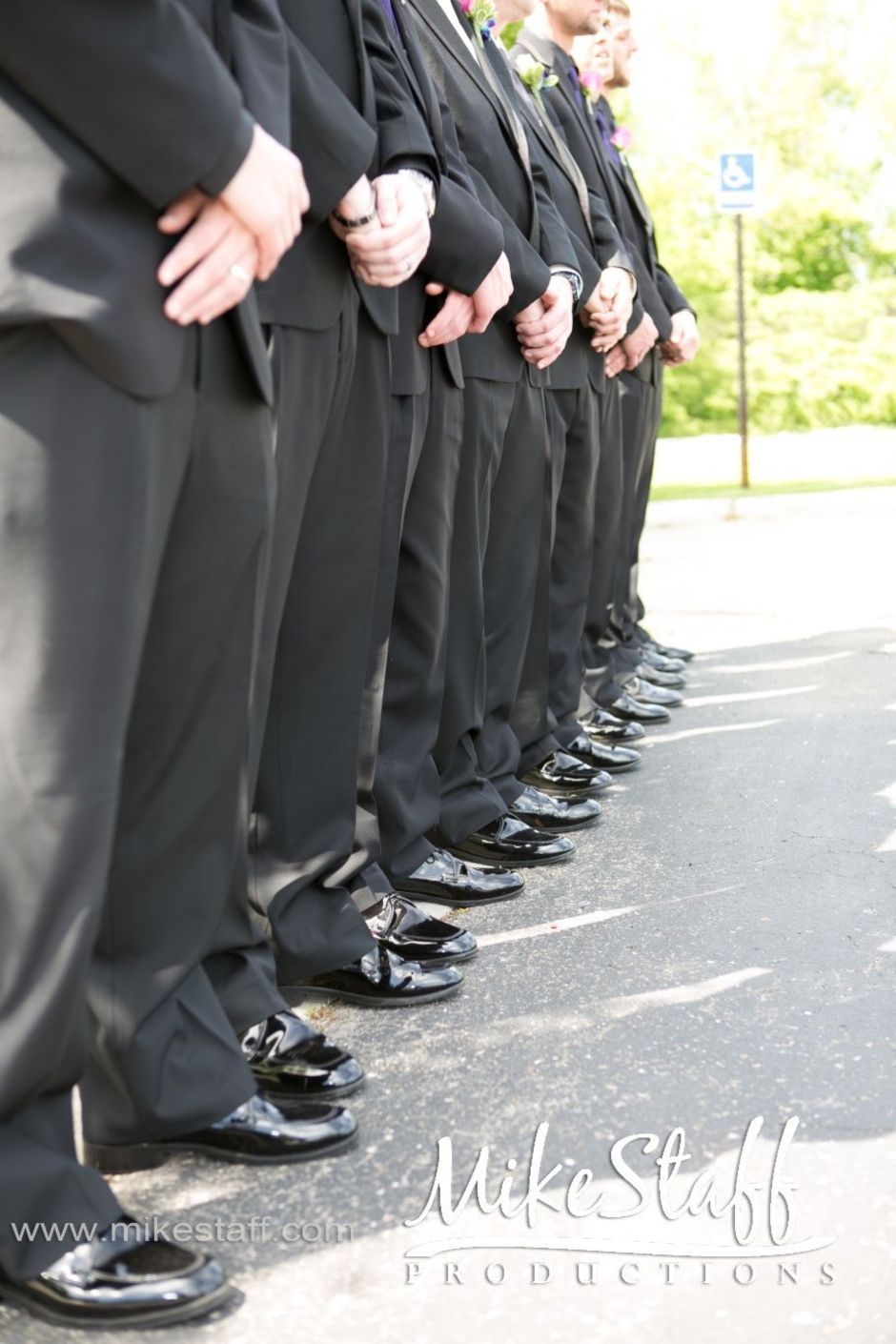 100+ Groomsmen Photos Poses Ideas You Can't Miss 48