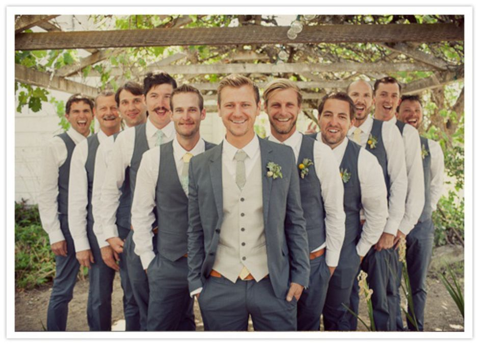 100+ Groomsmen Photos Poses Ideas You Can't Miss 91