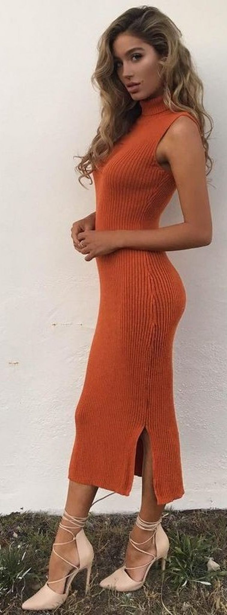 55 Orange Outfit Ideas That Make You Look Young and Fresh 13