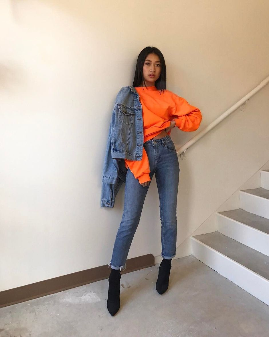 55 Orange Outfit Ideas That Make You Look Young and Fresh 22