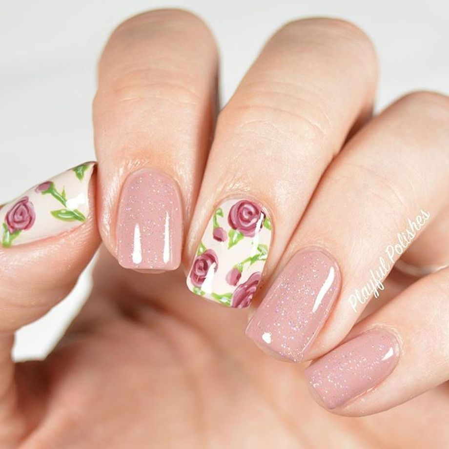 Awesome Floral Nails Design Ideas 15