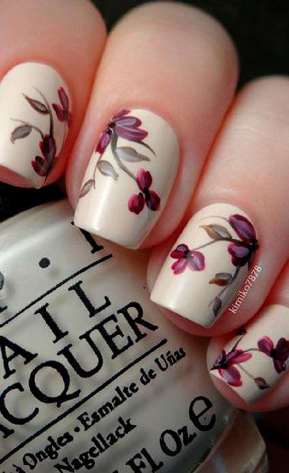Awesome Floral Nails Design Ideas 22