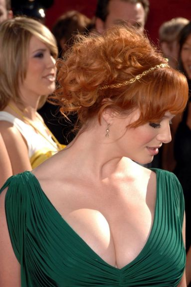 Awesome Hottest Redheads Will Make You Look Beautiful and Stunning 13