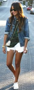 Denim Jacket Outfits Inspirations for Girl 14