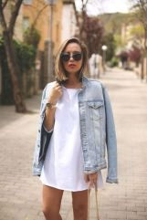 Denim Jacket Outfits Inspirations for Girl 22