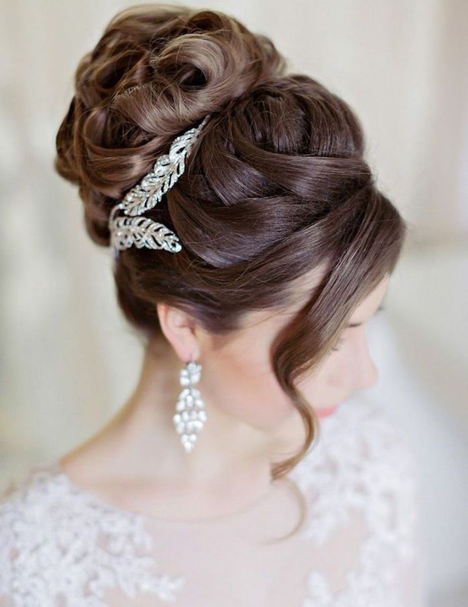 simpe but classy bridal hair do 10