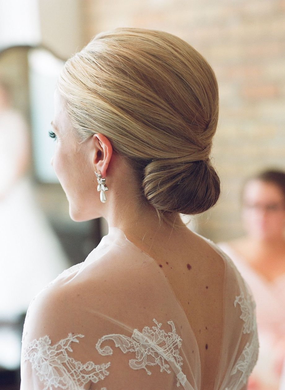 simpe but classy bridal hair do 2