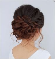 simpe but classy bridal hair do 28