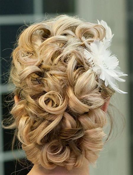 wedding hairstyle bun photo 4
