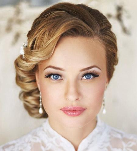 wedding hairstyle bun photo 1