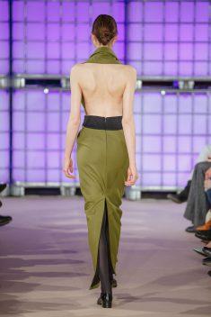 Darauf stand auch die Vogue: Tiefe Rückenausschnitte (Credit: Isabell de Hillerin)