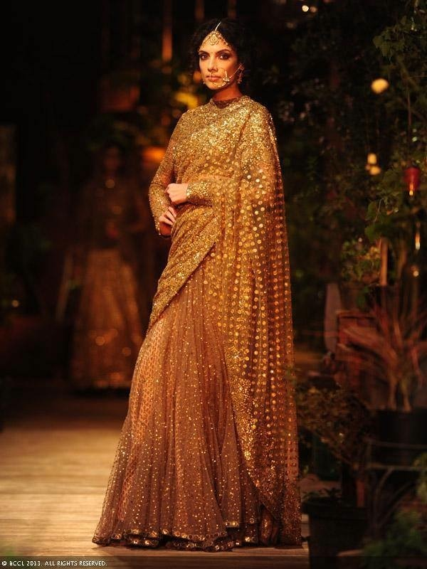 Top Indian Designers For Diwali OutfitsFaux Pas