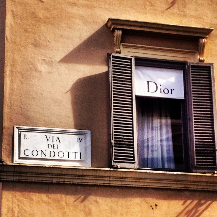 Mame Fashion Dictionary: Dior Boutique Rome