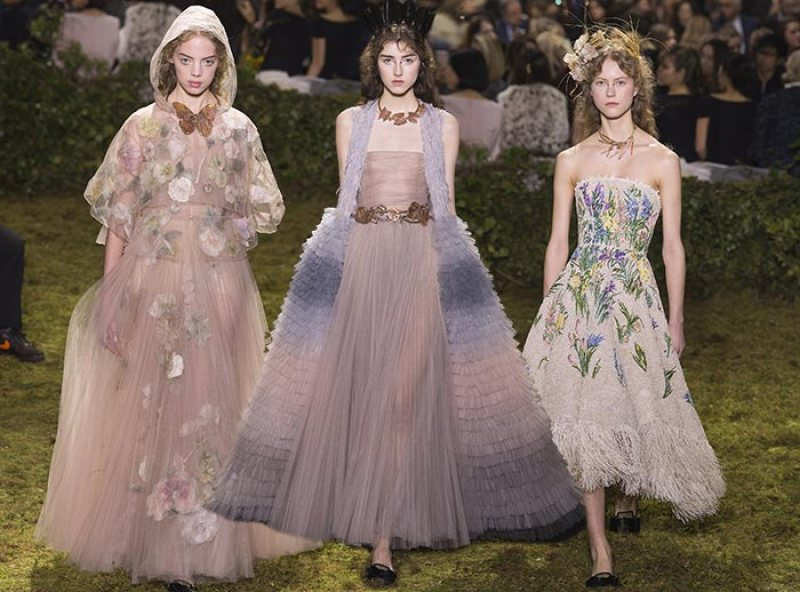 Mame Fashion Dictionary: Dior Maria Grazia Chiuri First Haute Couture Dior Collection