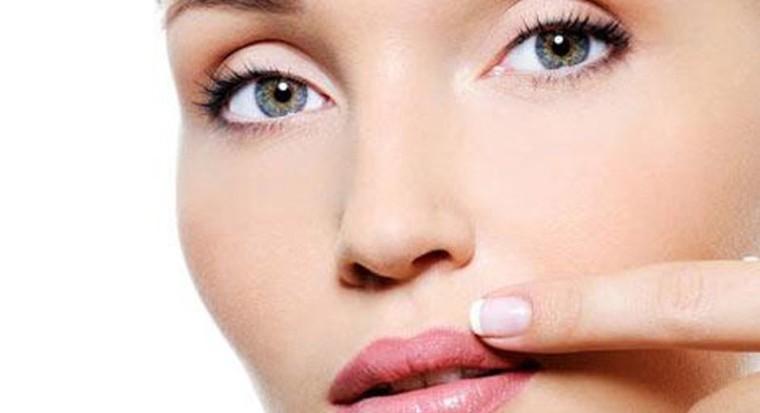 Разные методы эпиляции волос над верхней губой