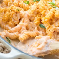 {Stovetop} Buffalo Chicken Macaroni and Cheese