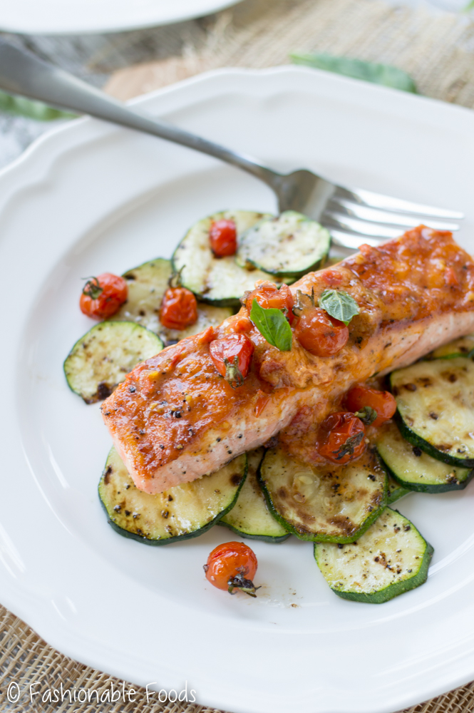 grilled-salmon-with-tomato-butter