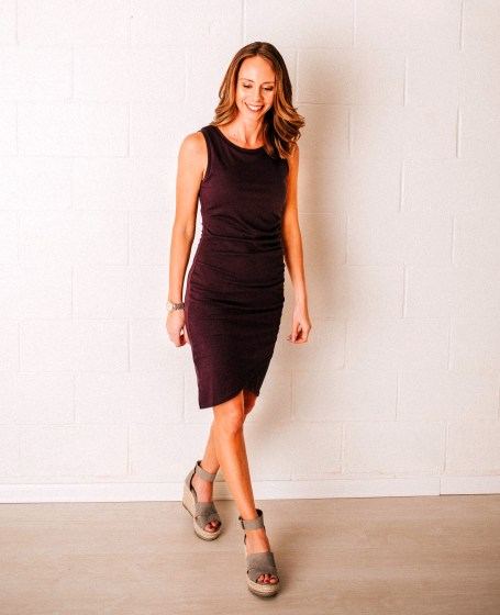 Cute Summer Dresses for Moms featured by top Pittsburg mom fashion blog, Fashionably Late Mom. - body con dress