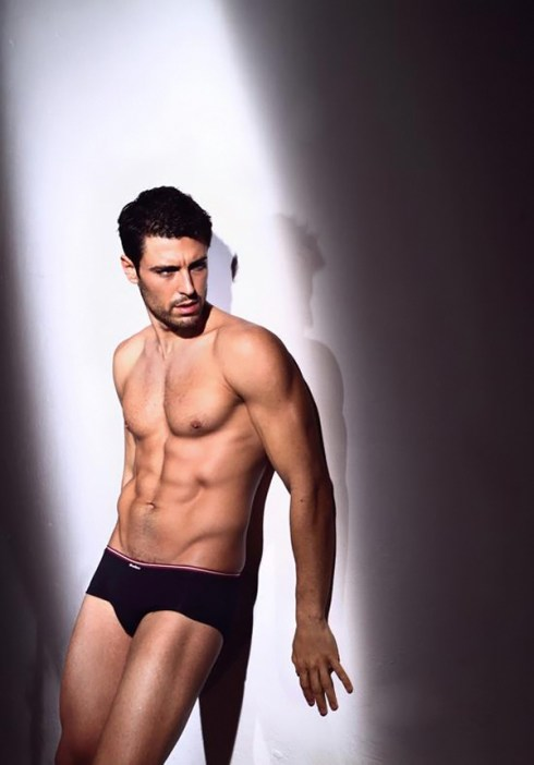 Pedro-Soltz-for-Punto-Blanco-Underwar-Fall-Winter-2012-13-03