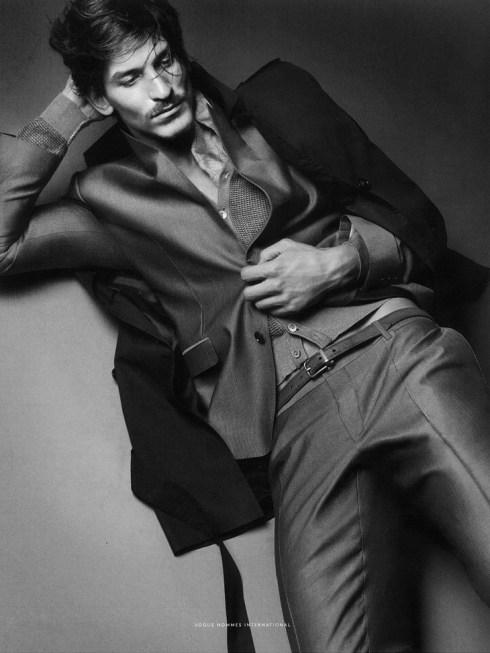 Jarrod-Scott-Vogue-Hommes-International-03