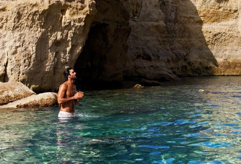 Ruben-Cortada-for-Calzedonia-Swimwear-2013-10