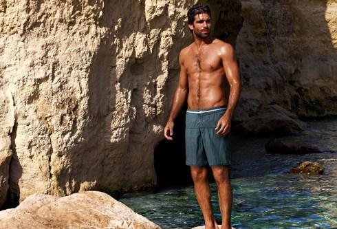 Ruben-Cortada-for-Calzedonia-Swimwear-2013-11