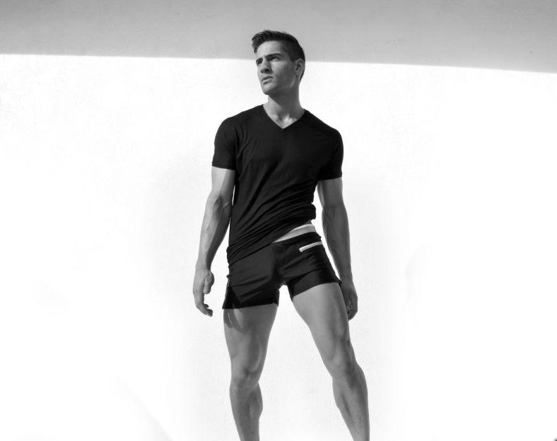 Logan-Taylor-for-Ruskin-Swimwear-2014-11