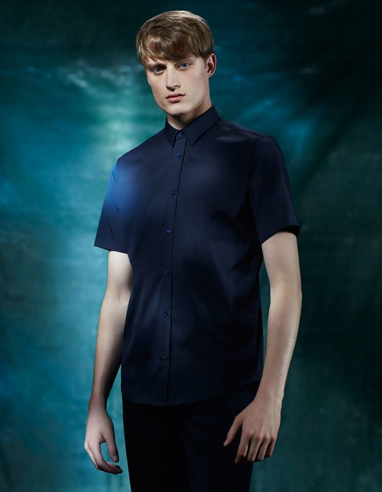 Short-sleeved shirt http://bit.ly/1hzD1SA Zip detail chinos  http://bit.ly/1s6FDfN