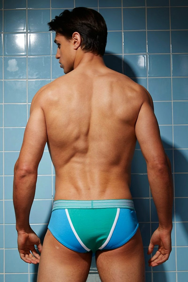 Joe-LoCicero-For-Undergear-2014-04