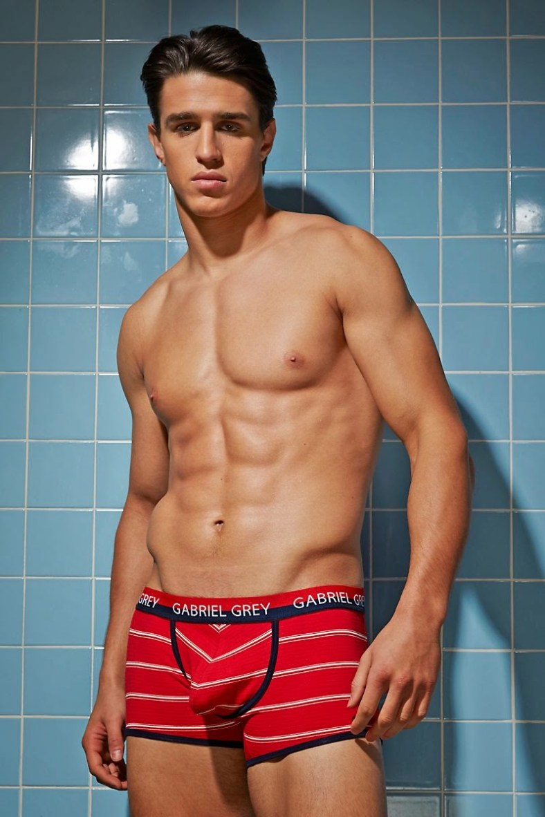 Joe-LoCicero-For-Undergear-2014-05