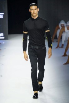 Dirk-Bikkembergs-Spring-Summer-2015-Milan-Fashion-Week-021