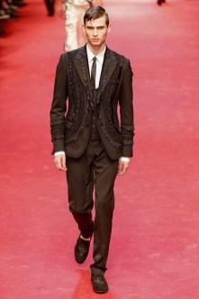 Dolce-_-Gabbana-Milan-Men-SS15-4206-1403353631-bigthumb