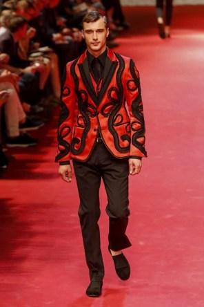 Dolce-_-Gabbana-Milan-Men-SS15-4249-1403353689-bigthumb
