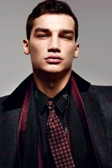 Dolce-and-Gabbana-Fall-Winter-2014-Men-Look-Book-Model-Images-003