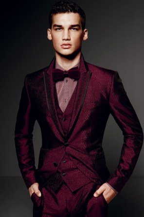 Dolce-and-Gabbana-Fall-Winter-2014-Men-Look-Book-Model-Images-019