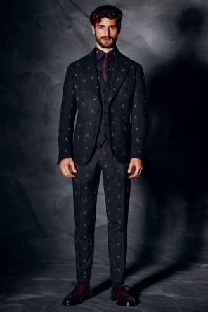 Dolce-and-Gabbana-Fall-Winter-2014-Men-Look-Book-Model-Images-033