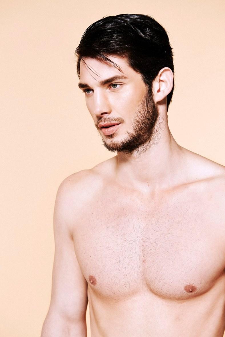 Miguel-Roriz-by-Photographer-Darren-Skene-140610-09