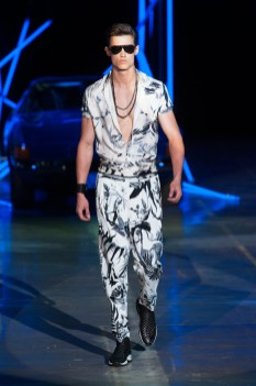 Roberto-Cavalli-Men-Spring-Summer-2015-Milan-Fashion-Week-011
