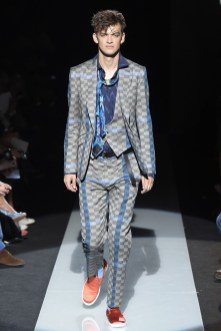 Vivienne-Westwood-Men-Spring-Summer-2015-Milan-Fashion-Week-015