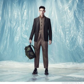 Alexander-McQueen-Pre-fall-2014-Look-Book-Elegant-Suiting-013-800x800